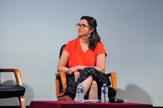 Marie-Anne Sallandre professeure à l'Université Paris 8 et animatrice de la soirée.